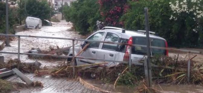 Хаос на Халкидики: Ситонија под вода, евакуирани туристи