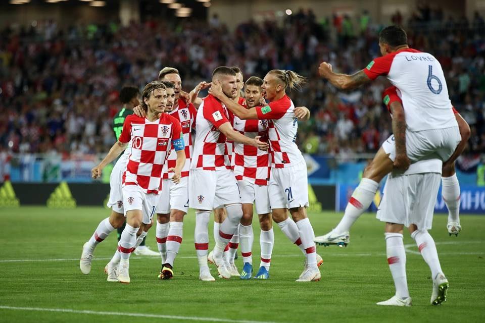 Хрватска со три бода го стартуваше Мундијалот