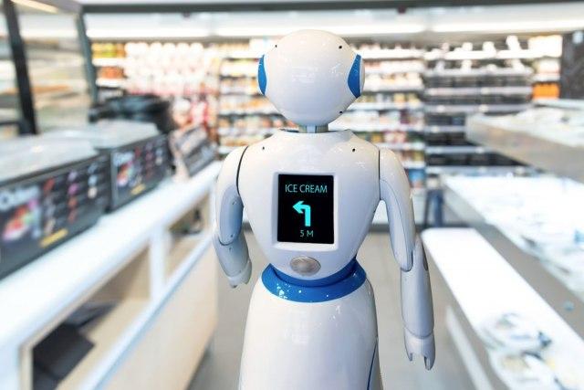 Овој робот заменува дадилка, децата го обожуваат
