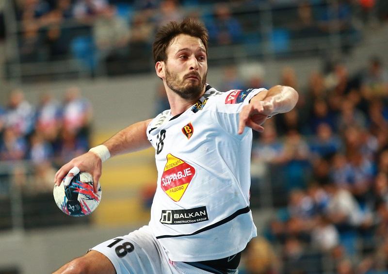 ФОТО: Игор Карачиќ е нов играч на Киелце