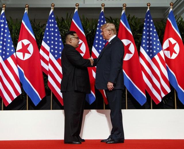 Трамп: Средбата со Ким Џонг-ун придонесе за избегнување нуклеарна катастрофа