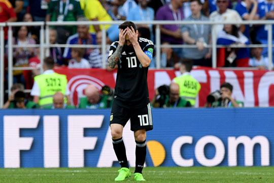 Аргентина ремизираше со Исланд, Меси промаши пенал