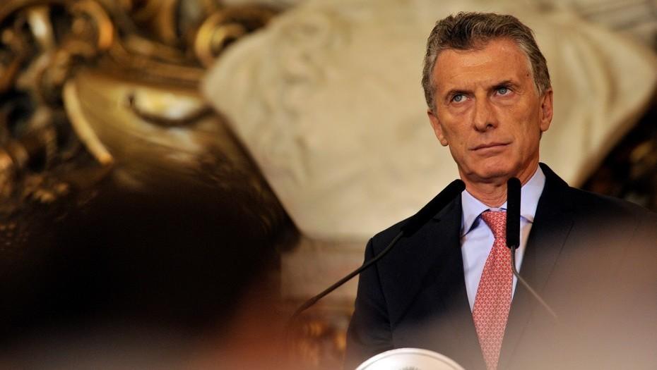 Претседателот на Аргентина: Рохо многу те сакам!