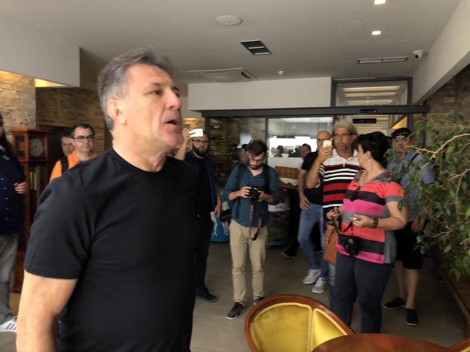 Мамиќ се огласи откако беше осуден на казна затвор