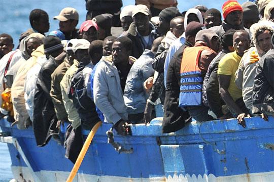 За еден ден спасени повеќе од 600 мигранти од крајбрежјето на Шпанија