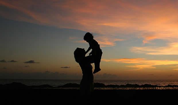 Врската меѓу мајка и ќерка е најмоќната емоција која постои во светот