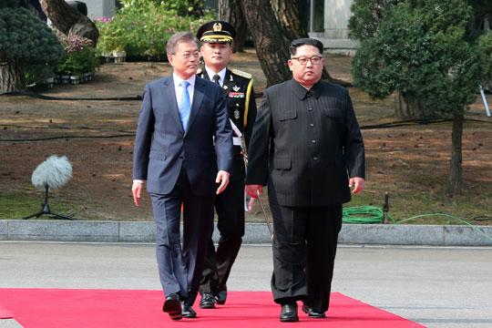 Мун: Средбата Ким-Трамп го внесе регионот во мир