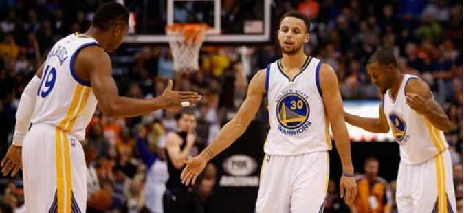 Голден Стејт лесно до втората победа во финалето од НБА лигата