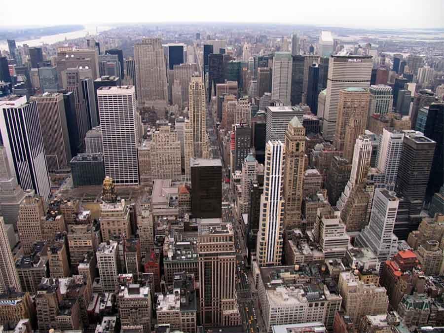 Олеснување на рестриктивните мерки во Њујорк кон средината на мај