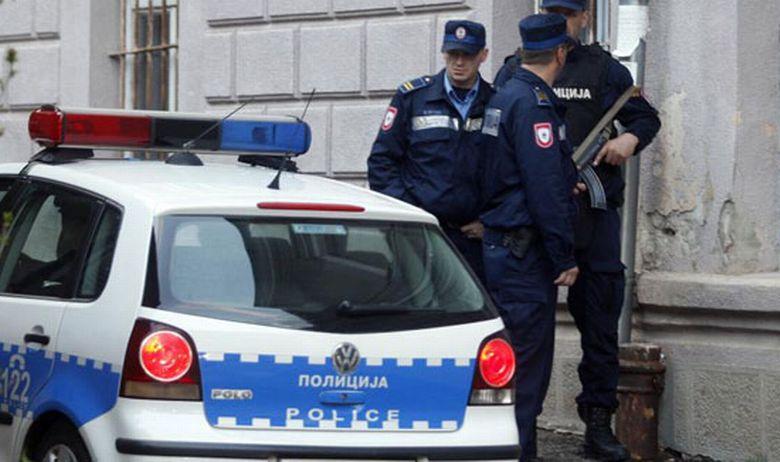 Четворица полицајци повредни при релокација на мигранти во БиХ