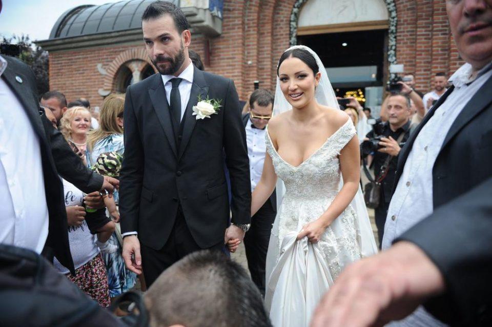 Не е се така како на фотографиите- Пријовиќ го откри детаљот поради кој била тажна на денот на свадбата (ФОТО)