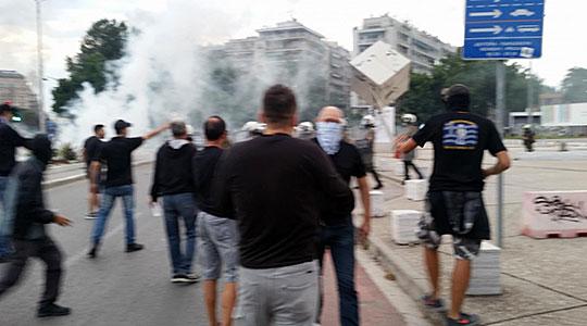 Приведени и повредени во инциденти во Солун поради дебатата за Договорот со Македонија