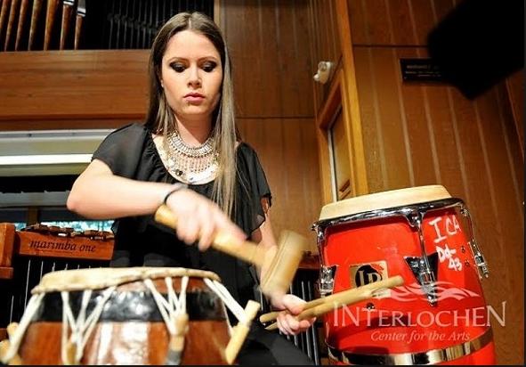 """""""Тапанот се слуша надалеку"""" – концерт на Сара Симоновска"""
