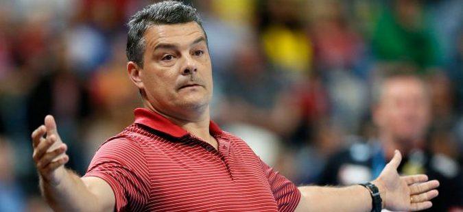 Романскиот селектор поднесе оставка по поразот од Македонија