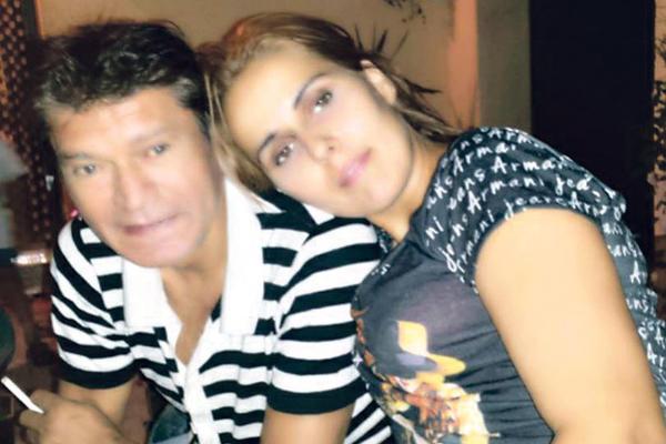 Ќе ви замрзне срцето- ќерката на Синан Сакиќ објави фотографија со нејзиниот татко на смртна постела (ФОТО)