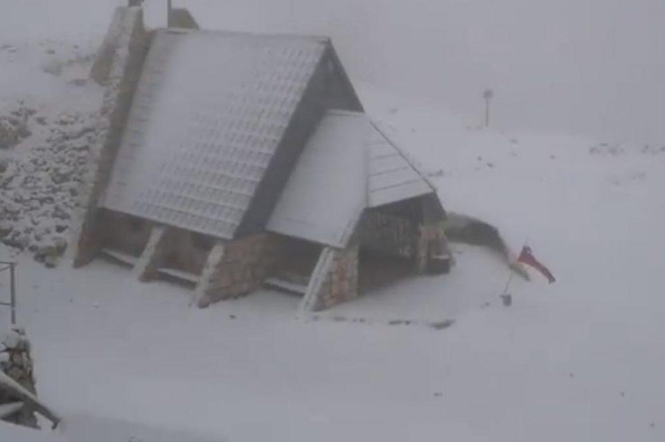 Регионот под снег среде јуни- кога ќе дознаете колку степени се измерени утрово во БиХ ќе се онесвестите (ВИДЕО)