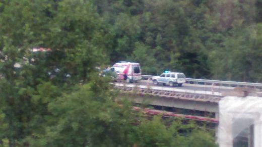 Тешка сообраќајка утрово на Стража, повредени со Брза помош пренесени во болница, сообраќајот во прекин (ФОТО)