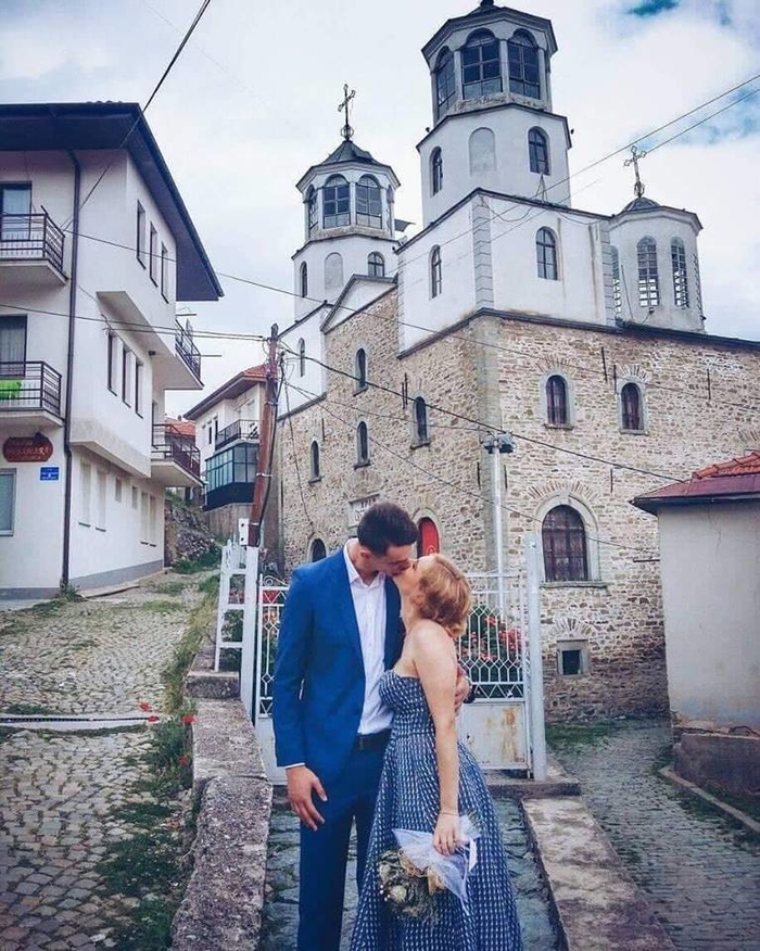 Македонскиот ракометар рипна во тавче- во родното Крушево се заколна на вечна љубов (ФОТО)