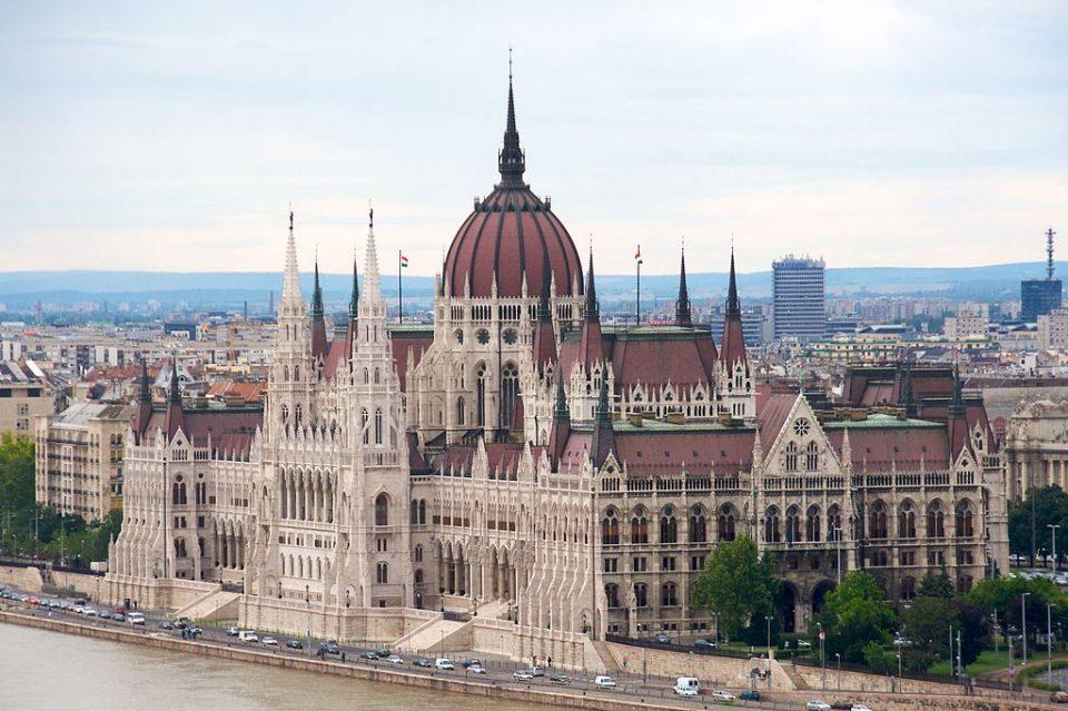 """Унгарија го усвои Законот познат како """"Стоп Сорос"""""""