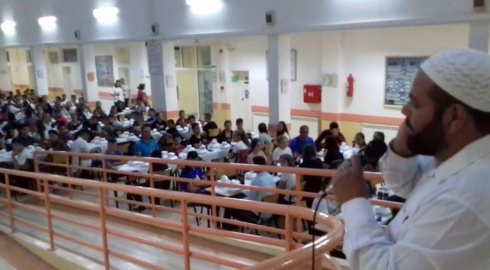 """Скандал во Радовиш- во основното училиште """"Крсте Петков Мисирков"""" се одржа верски обред (ВИДЕО)"""