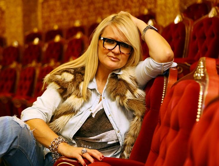 """Весна Бејби со порака до Стоилов: Еве што му порача актерката на """"играчот со број 5"""" (ФОТО)"""