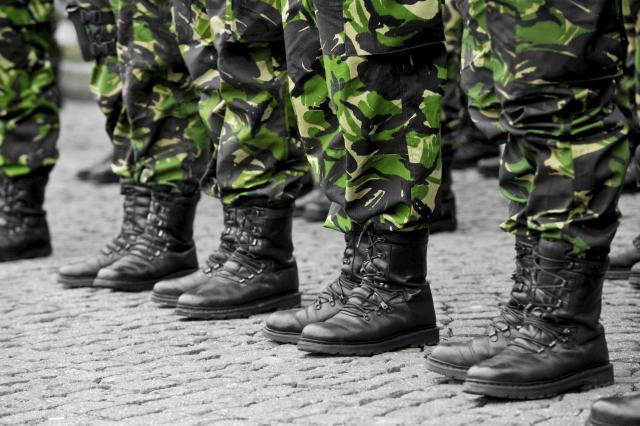 """Пратениците одлучија: Војници на АРМ ќе се испратат во мисиите """"Алтеа"""" и """"Одлучна поддршка"""""""
