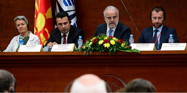 Заев: Одлуката на ЕУ е мотивирачка за Македонија