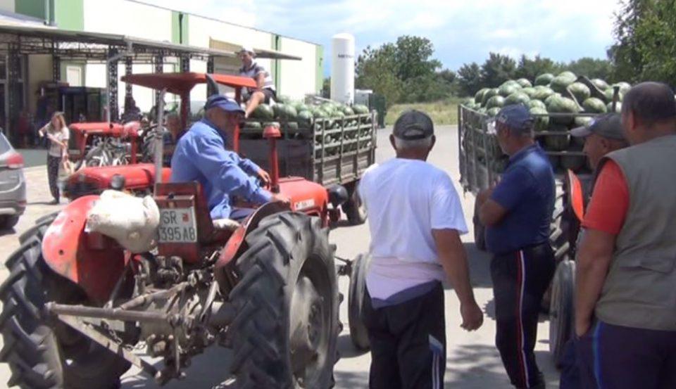 Откупот на бостан во застој, земјоделците бараат итна средба со Николовски