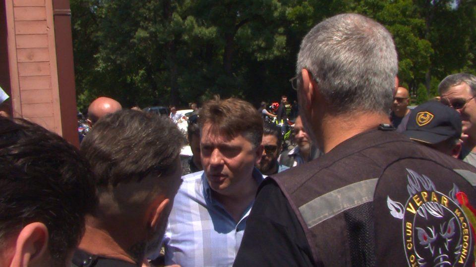 Моторџиите излегоа на протест, побараа од градоначалникот да ја повлече одлуката за плаќање паркинг за мотори (ФОТО ГАЛЕРИЈА)
