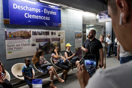 Дешан и Лорис добија свои метро станици во Париз