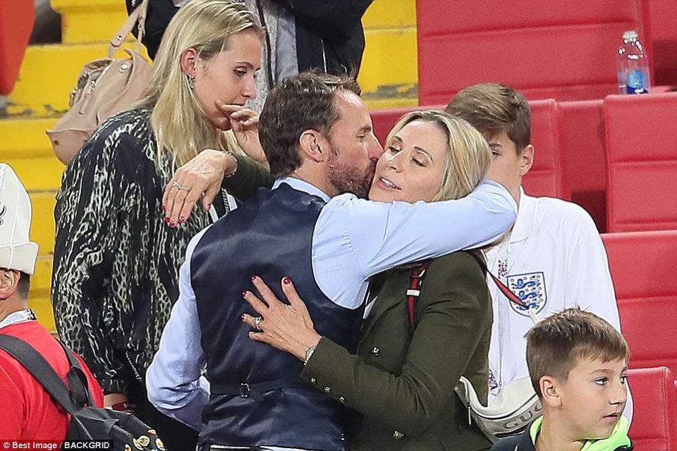 Уште еднаш докажа дека е вистински џентлмен: Еве со кого прво ја сподели радоста селекторот на Англија по вчерашната победа (ФОТО)