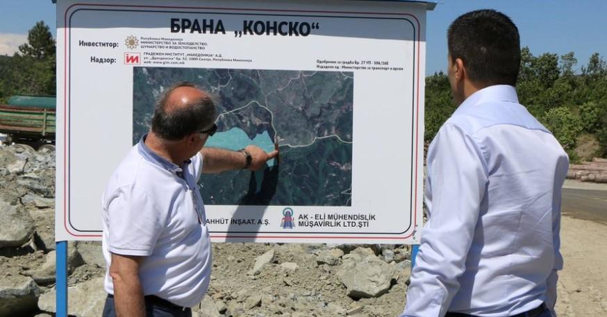 Стана ли министерот Николовски соучесник во наводен криминал за кој самиот тврдеше?