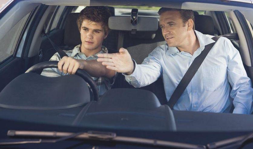 Неколку совети како да бидете сигурни дека вашето дете ќе биде добар возач