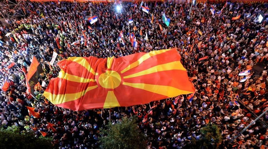 Мицкоски: Македонија и македонската нација нема да им дадат кредибилитет и легитимитет на луѓе како Заев, Шекеринска, Димитров