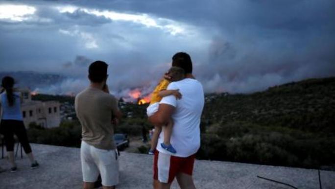 """Потресна исповед од Грција: """"Го гледав детето како гори пред мои очи"""""""