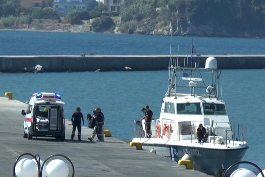 Брод со 56 илегални мигранти пресретнат кај Лефкада