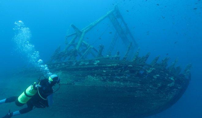 ВИДЕО: Пронајден брод потонат пред 100 години полн со злато