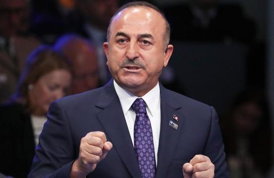 Чавушоглу: Турција е решена да го премине Еуфрат во Сирија