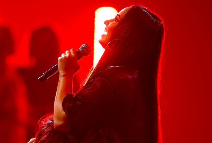 Познатата пејачка заврши во болница, обожавателите се молат