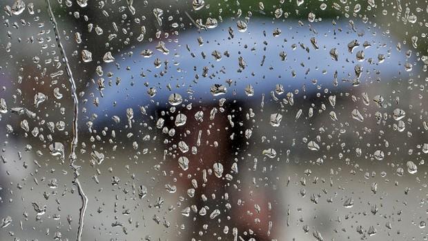 Попладнево нестабилно време со пороен дожд, грмежи и ветер
