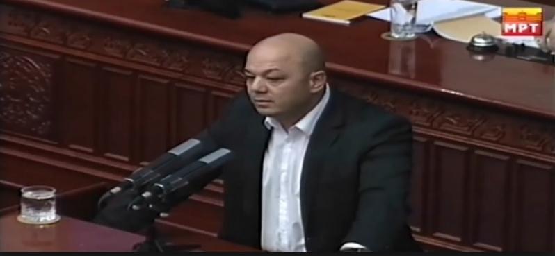 Манојловски: Имаме масовно  и трајно ислеување поради неспособноста на власта