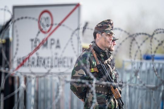 Унгарија испрати граничари во Македонија и Србија