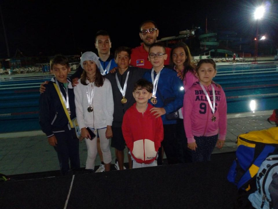 Успешен настап на млади македонски пливачи во Јагодина