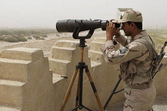 Најмалку 10 ирански војнци загинаа при напад врз граничен премин со Ирак