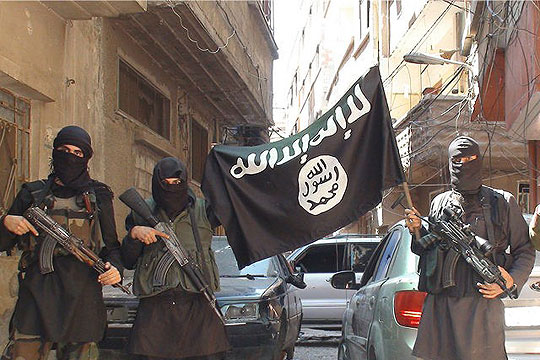 """Исламска држава"" убила 700 затвореници во источна Сирија"