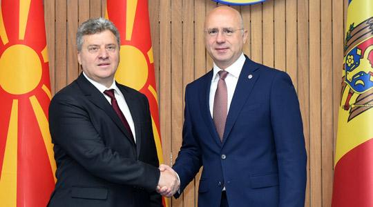 Иванов на средби со премиерот и со претседателот на Парламентот на Молдавија