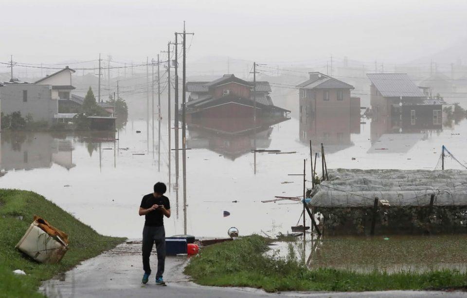 Една жртва во тајфунот во Јапонија