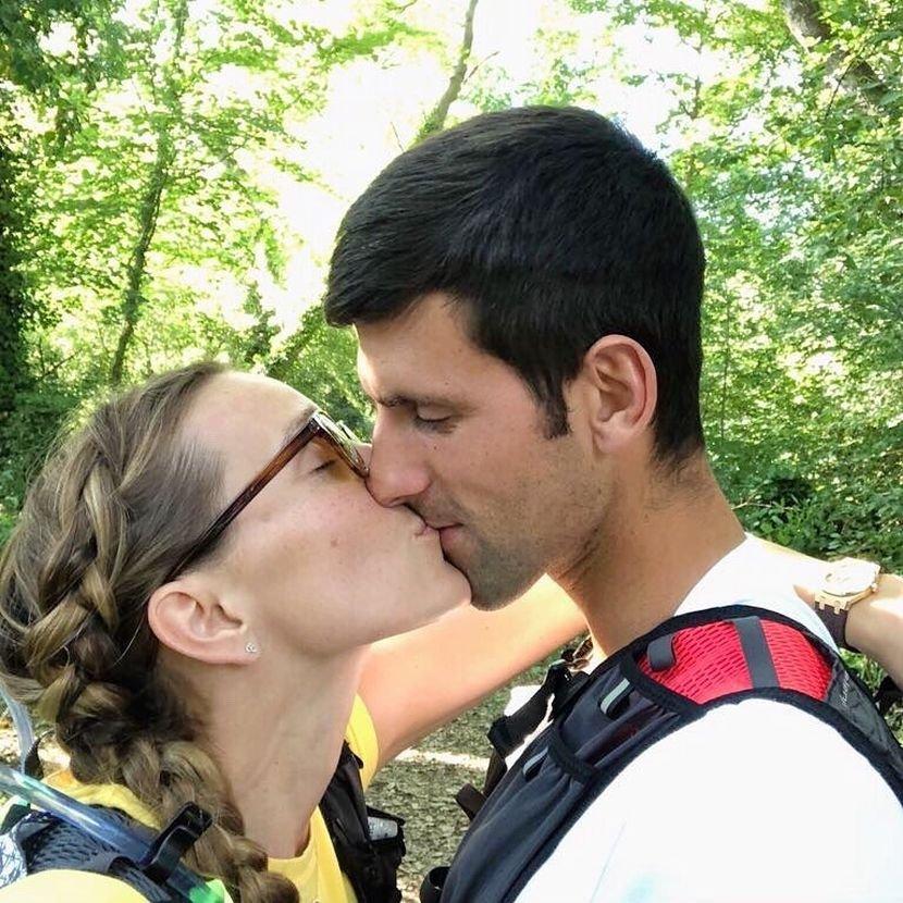 Ќе се пронајдат милион жени- Ѓоковиќ со моќна порака и ја честиташе годишнината од бракот на Јелена (ФОТО)