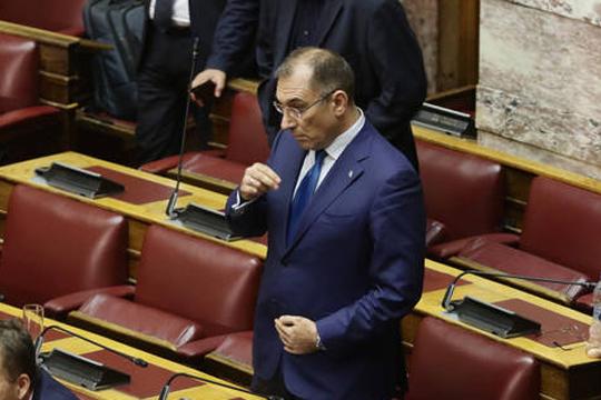 Оставка на потпретседателот на грчкиот Парламент, Каменос