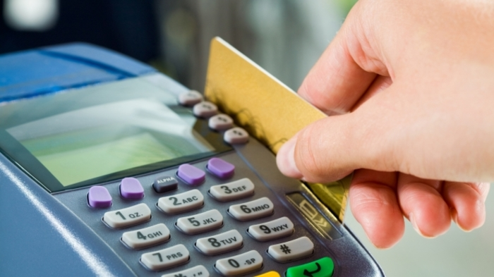 Кавадарчани си пазареле со украдена кредитна картичка- си добија кривична